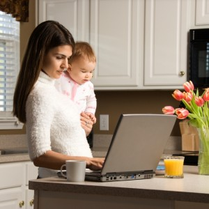 Is It Wise To Work From Home After You Become A Mother?
